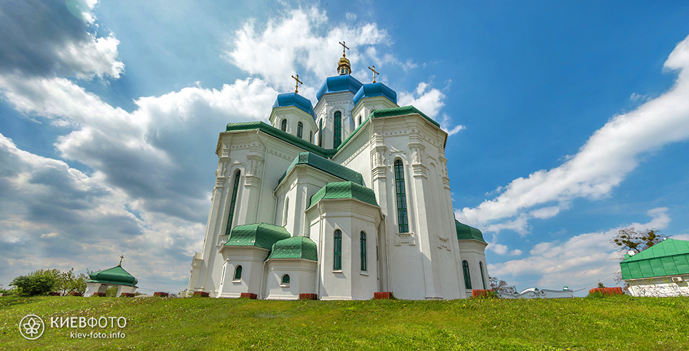 Troitskiy_sobor_na_troeshine_03